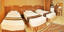 اتاق سه نفره هتل بسطامی مشهد