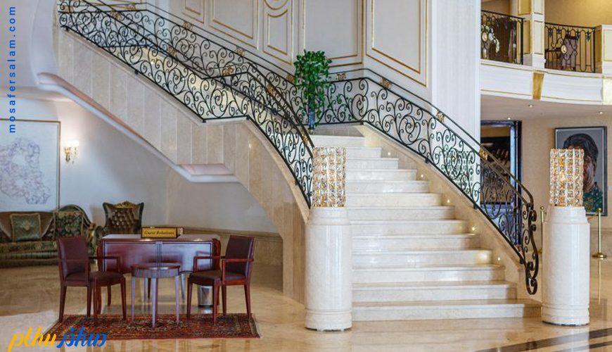 لابی هتل اسپیناس پالاس تهران